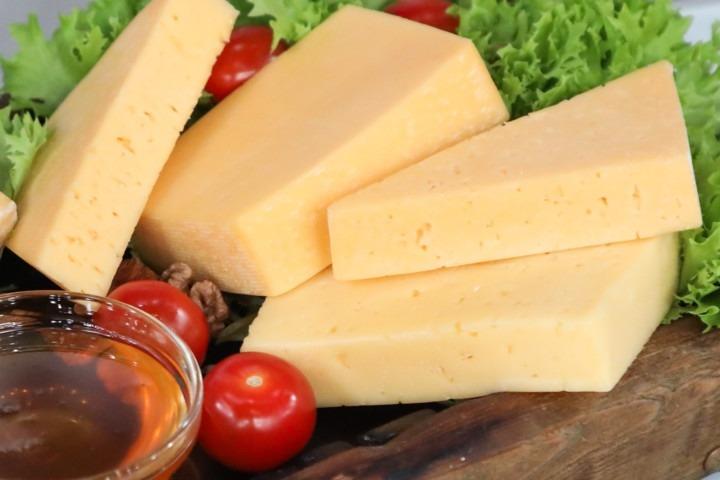 Самые вкусные марки сыра в России.